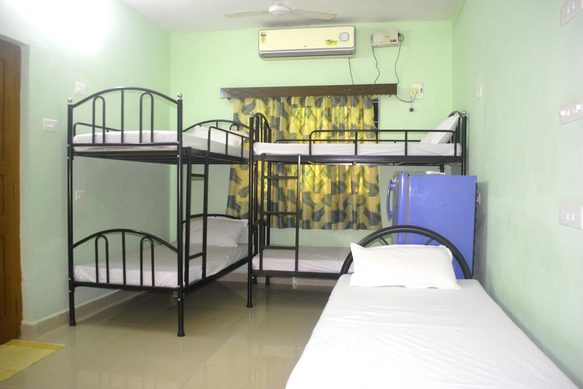 Cinnamon Dorm Room